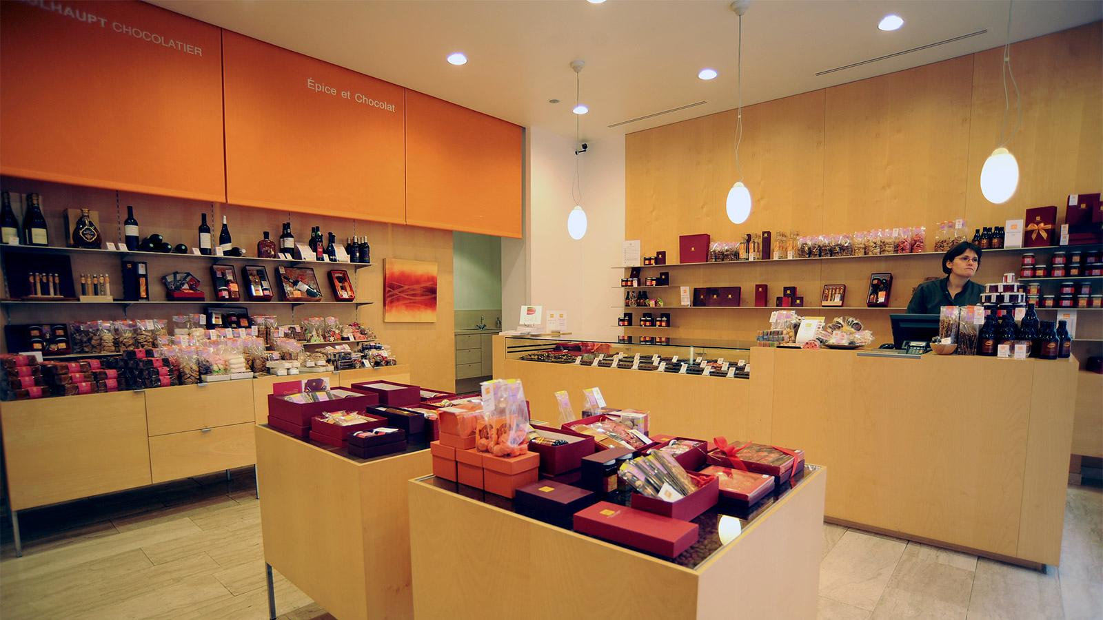 boutique temple neuf strasbourg par thierry mulhaupt chocolats gourmandises. Black Bedroom Furniture Sets. Home Design Ideas